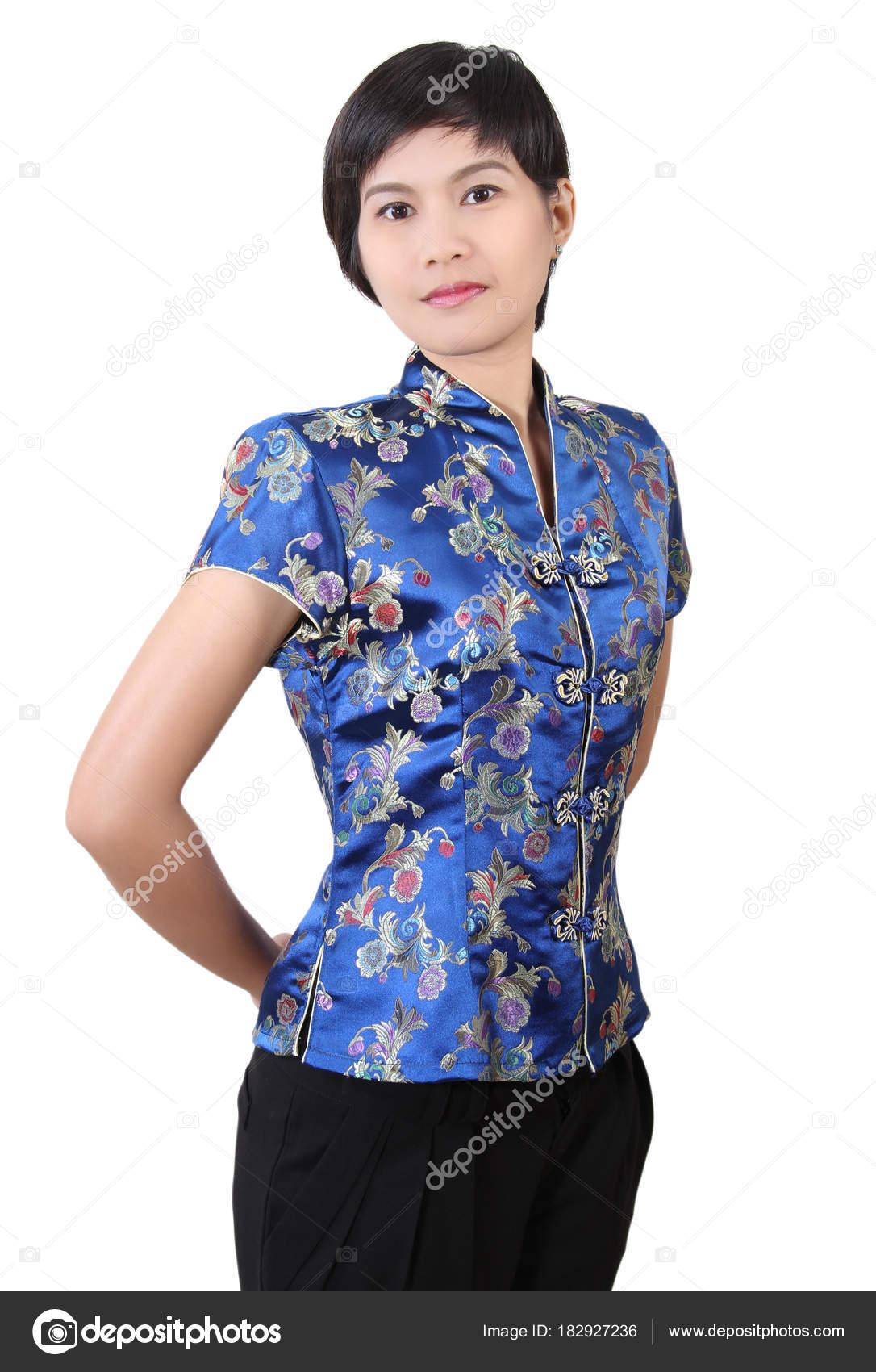 plusieurs couleurs texture nette chaussures de course Femme en vêtements chinois — Photographie pongam © #182927236