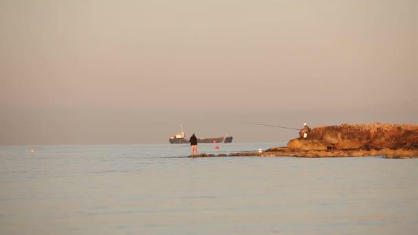 depositphotos 180068900-stock-video-a-fisherman-is-fishing-in.jpg 8cb0b3603151