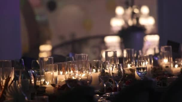 Decorative Candles On The Dining Table Glasses And Christmas - Restaurant table candles