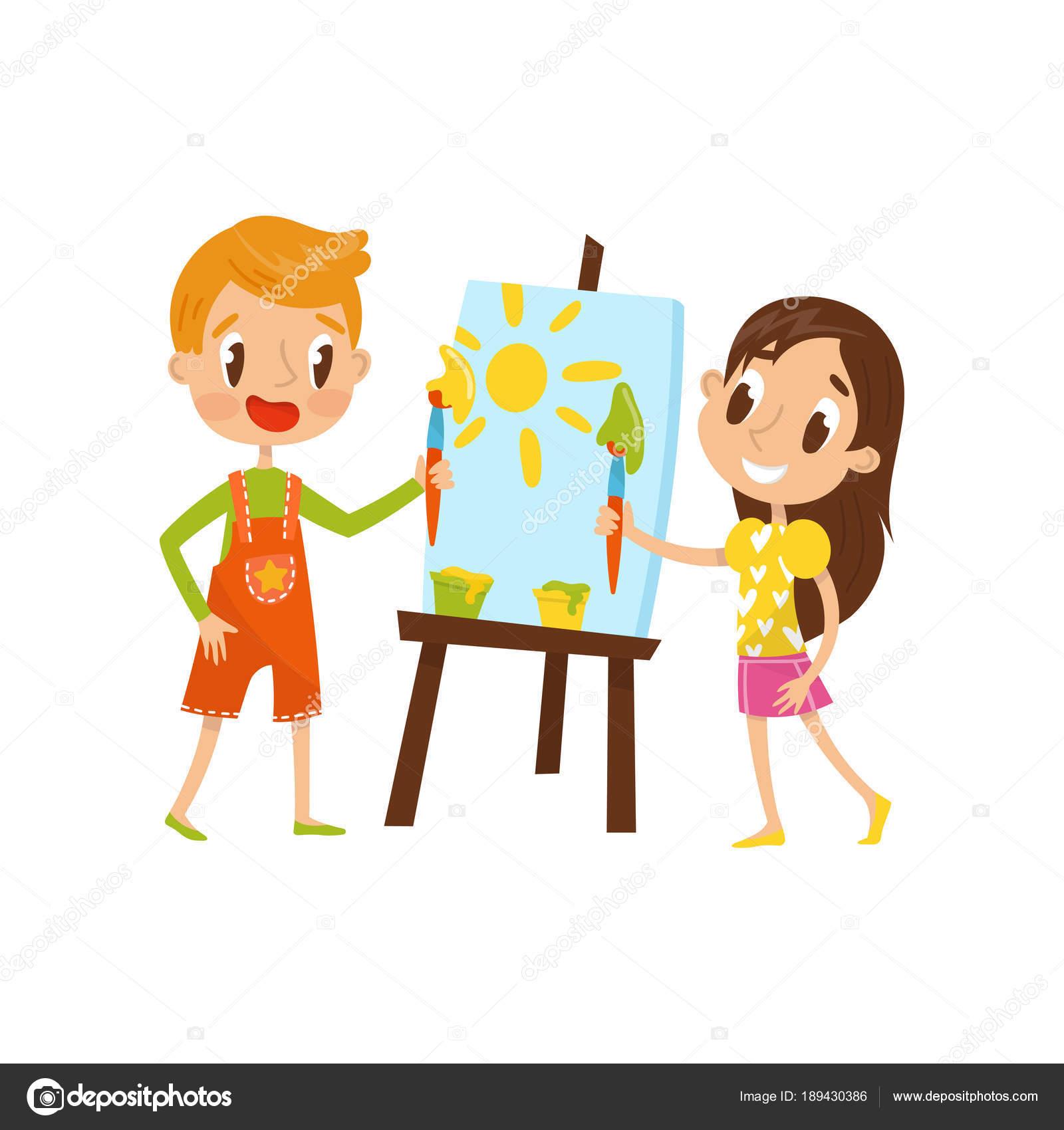 Lindo pequeño niño y niña de pintura sobre un caballete 7a1a0acca6b