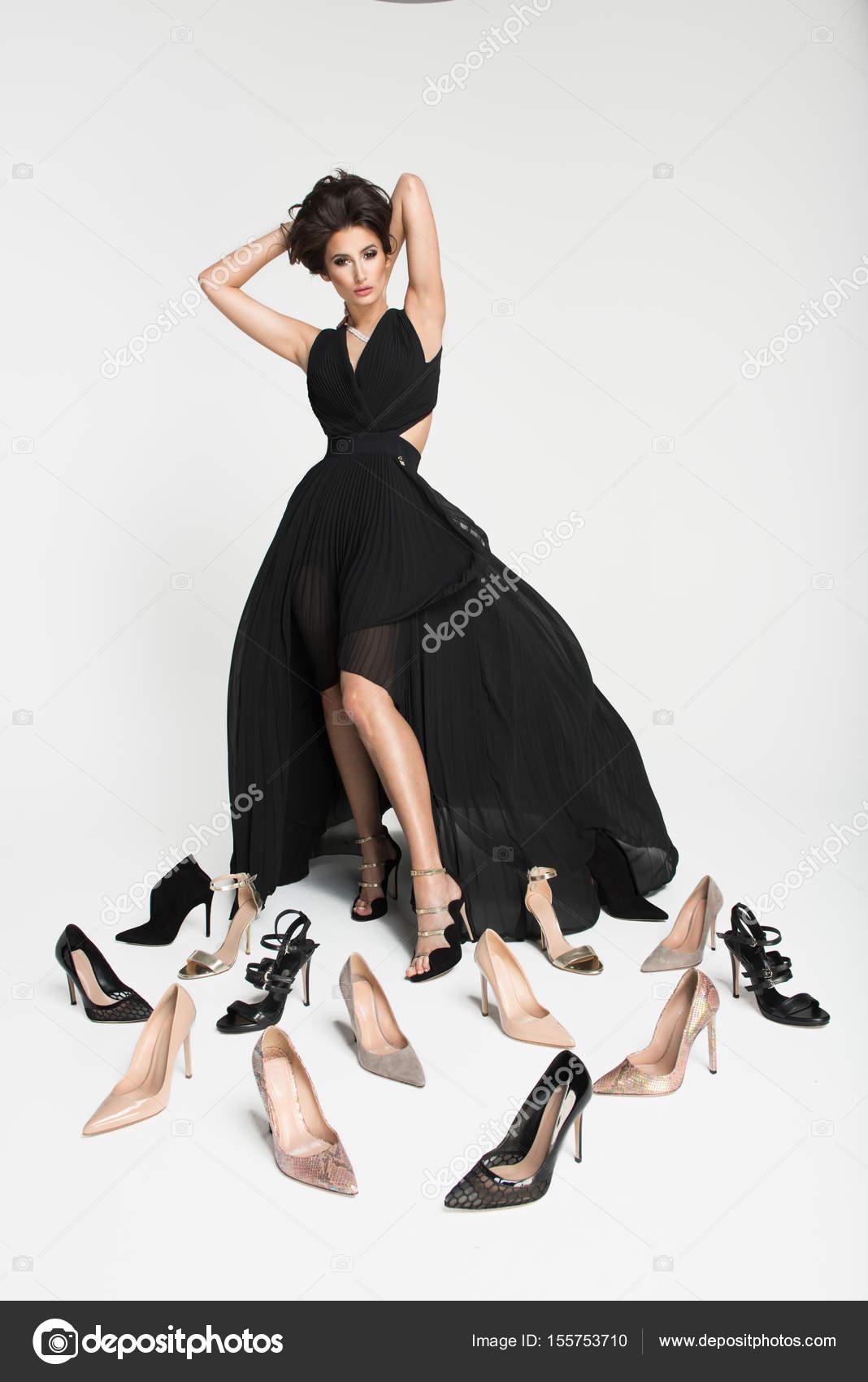 Zapatillas para vestido negro largo