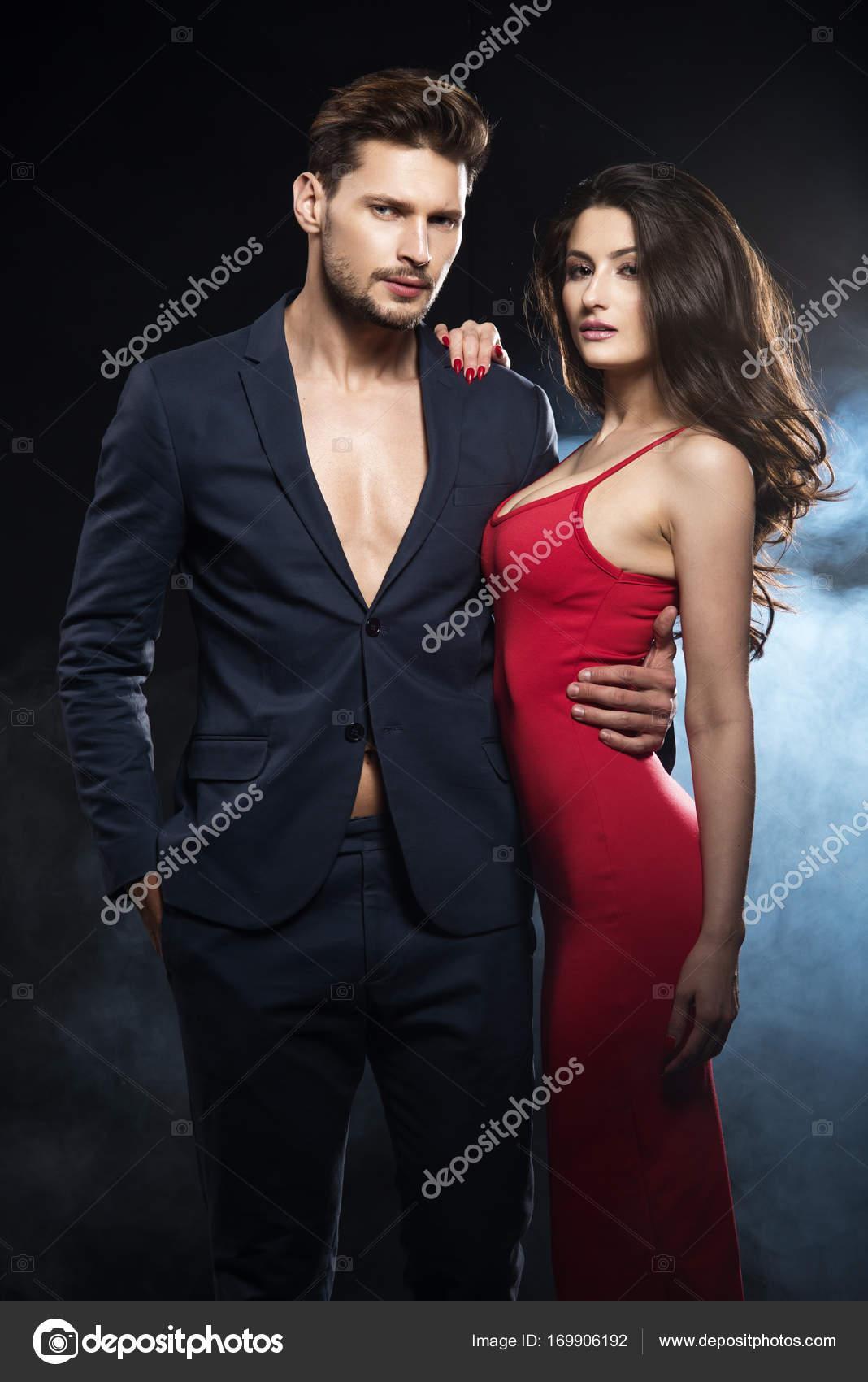 Сексуальная и элегантная женская одежда