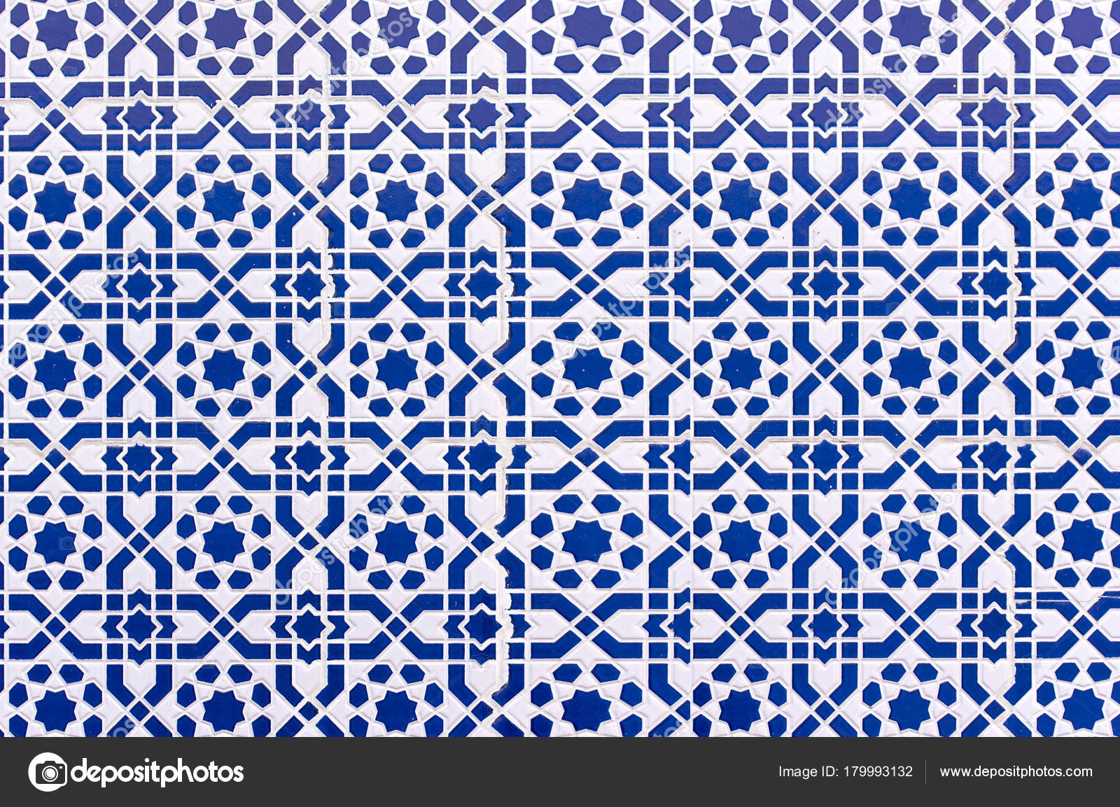 Moroccan Tiles Traditional Arabic Patterns Ceramic Tiles Patterns ...