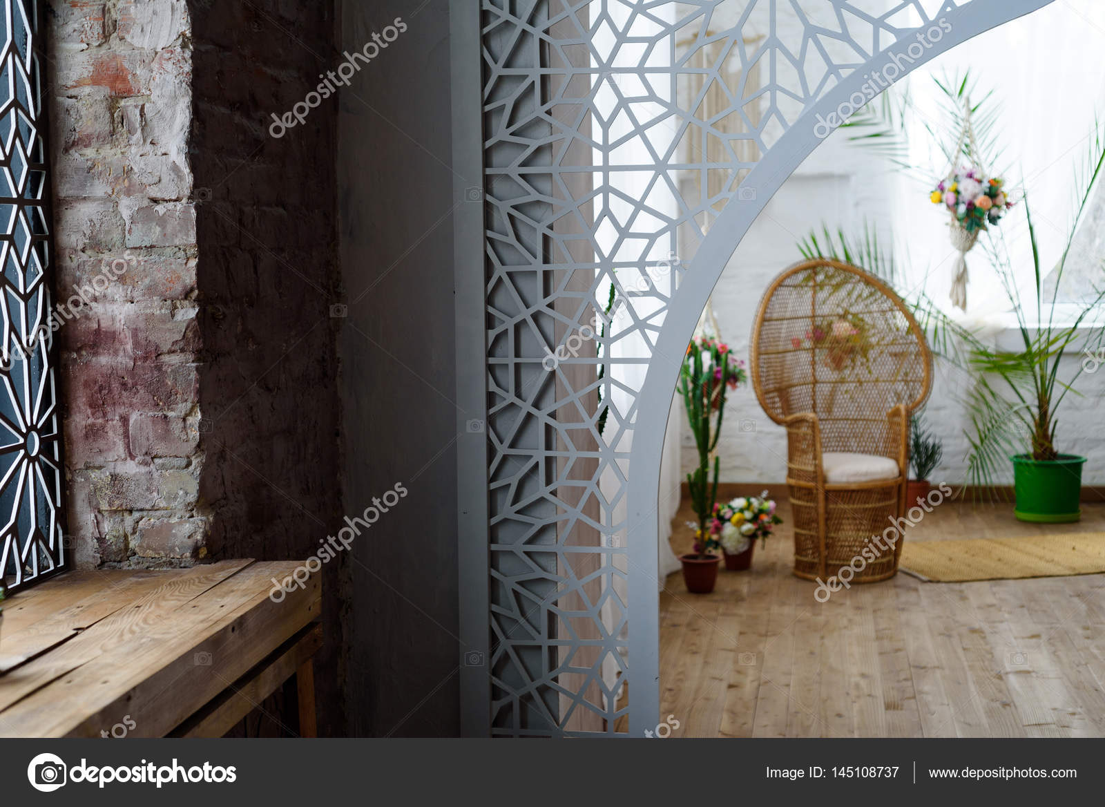 Interieur van de woonkamer in de Marokkaanse Oosterse stijl ...