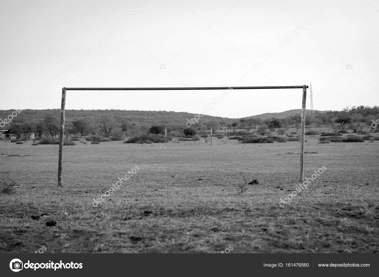 Afrikanischen Fussball Feld Schwarz Weiss Stockfoto