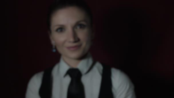 Kaukázusi színésznő teljesítő
