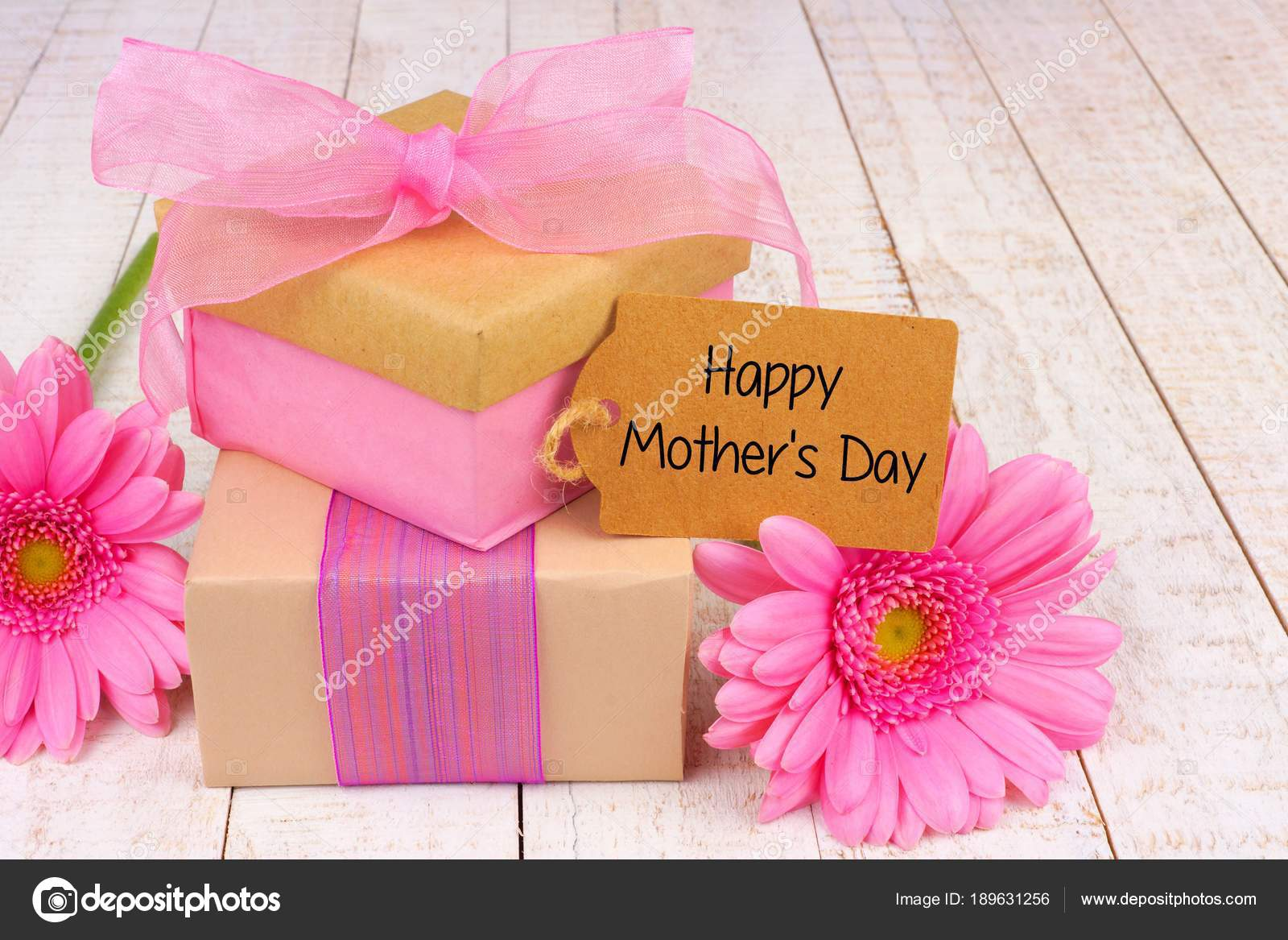 Handmade Gift Boxes Happy Mother Day Tag Flowers White Wood — Stock ...