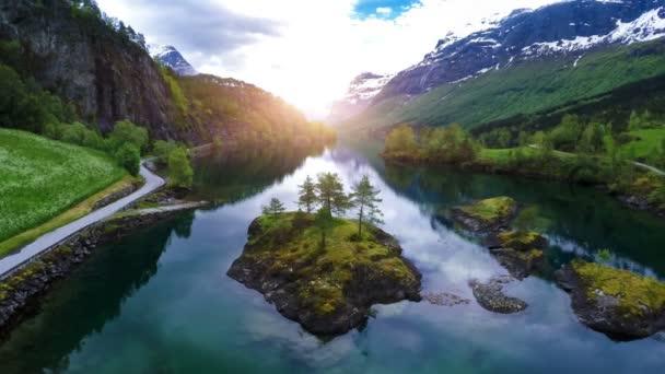 Letecké záběry z krásné přírody Norska