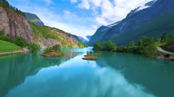 lovatnet see schöne natur norwegen
