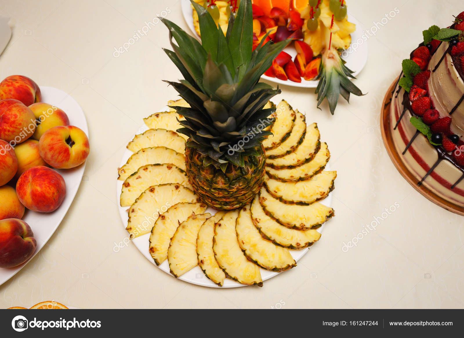 Fotos Frutas Para Fiestas Decoradas Las Placas De Frutas Para La - Decorados-para-fiestas