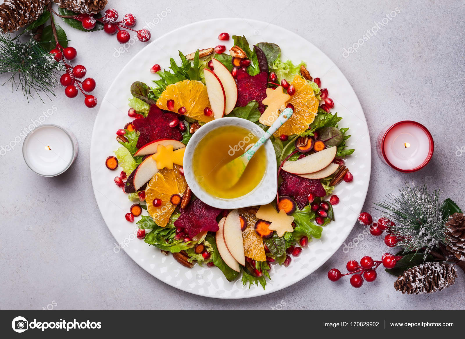 Weihnachten Kranz Salat — Stockfoto © sarsmis #170829902