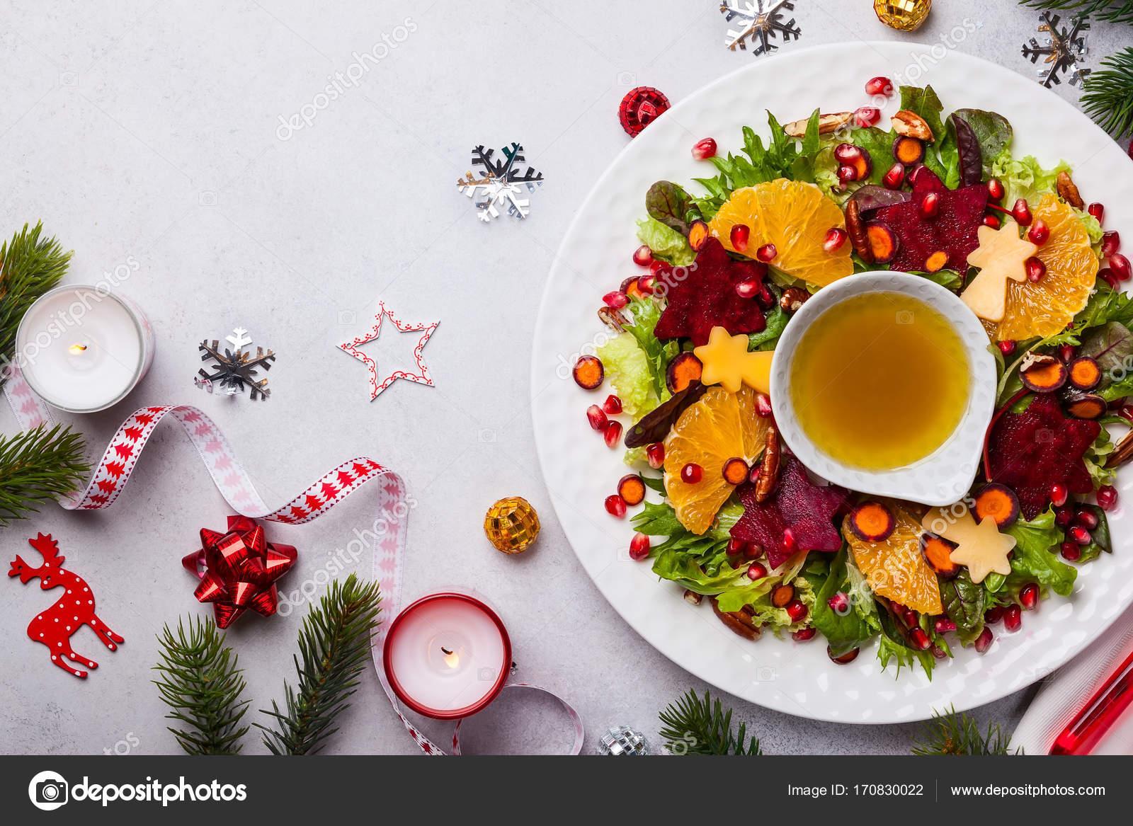 Salat Weihnachten.Weihnachten Kranz Salat Stockfoto Sarsmis 170830022
