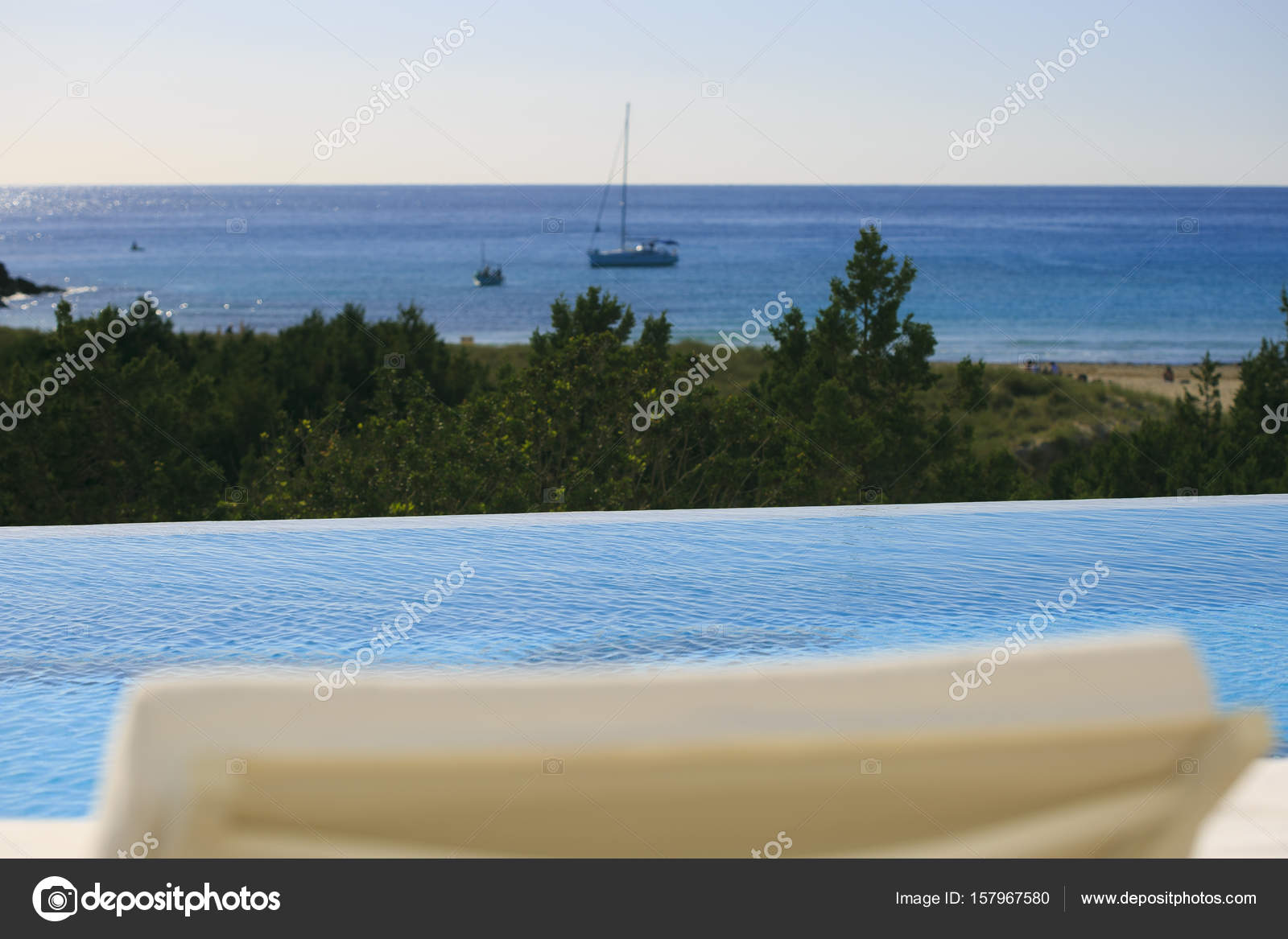 Infinite swimming pool in formentera — Stock Photo © nachrc2001 ...