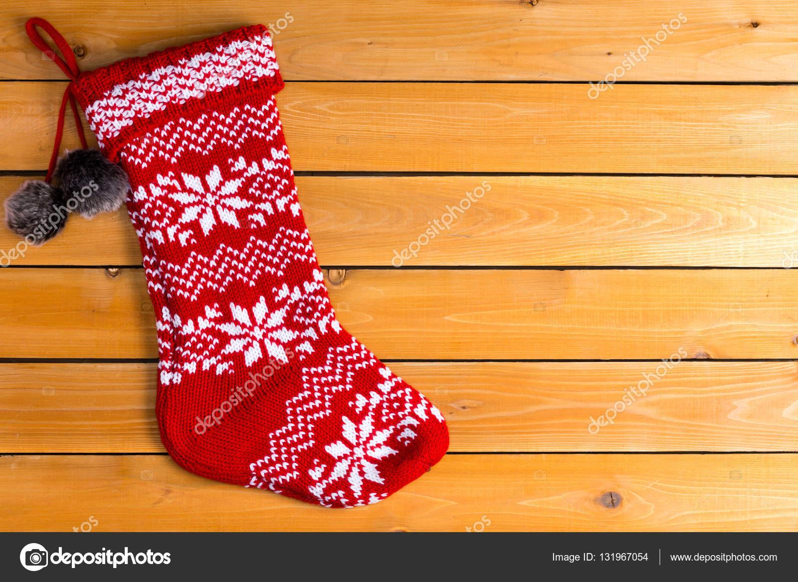 Solo color rojo vacío media lana de la Navidad — Foto de stock ...