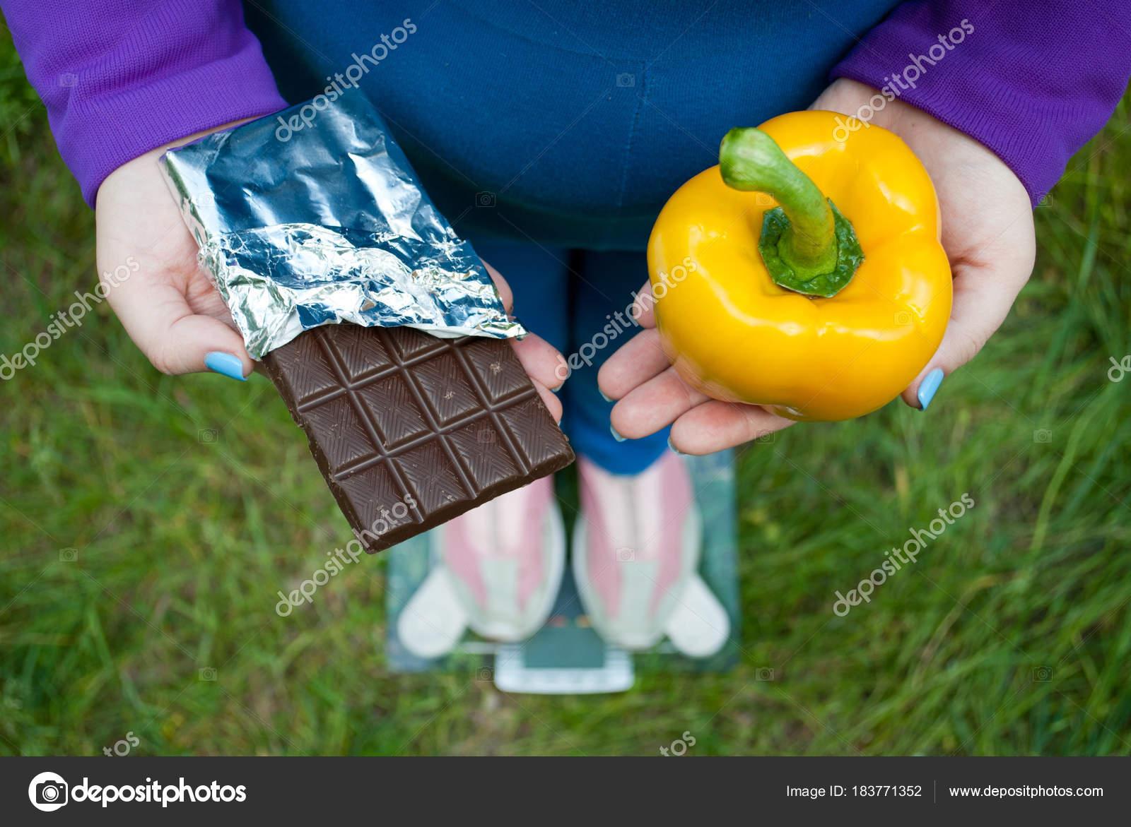 Dicke Frau Gewicht Diät Draufsicht Blauen Anzug Steht Auf ...