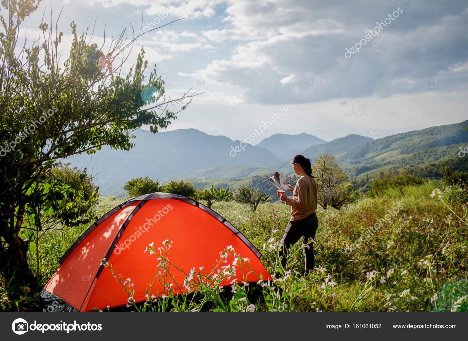 pussy-speead-teen-girls-in-tent-between