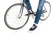 Fotografie man riding bicycle