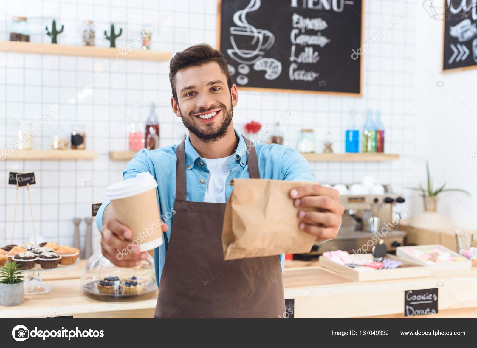 barista com café para viagem — Stock Photo © IgorVetushko ...