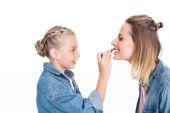 Dcera, použití make-up