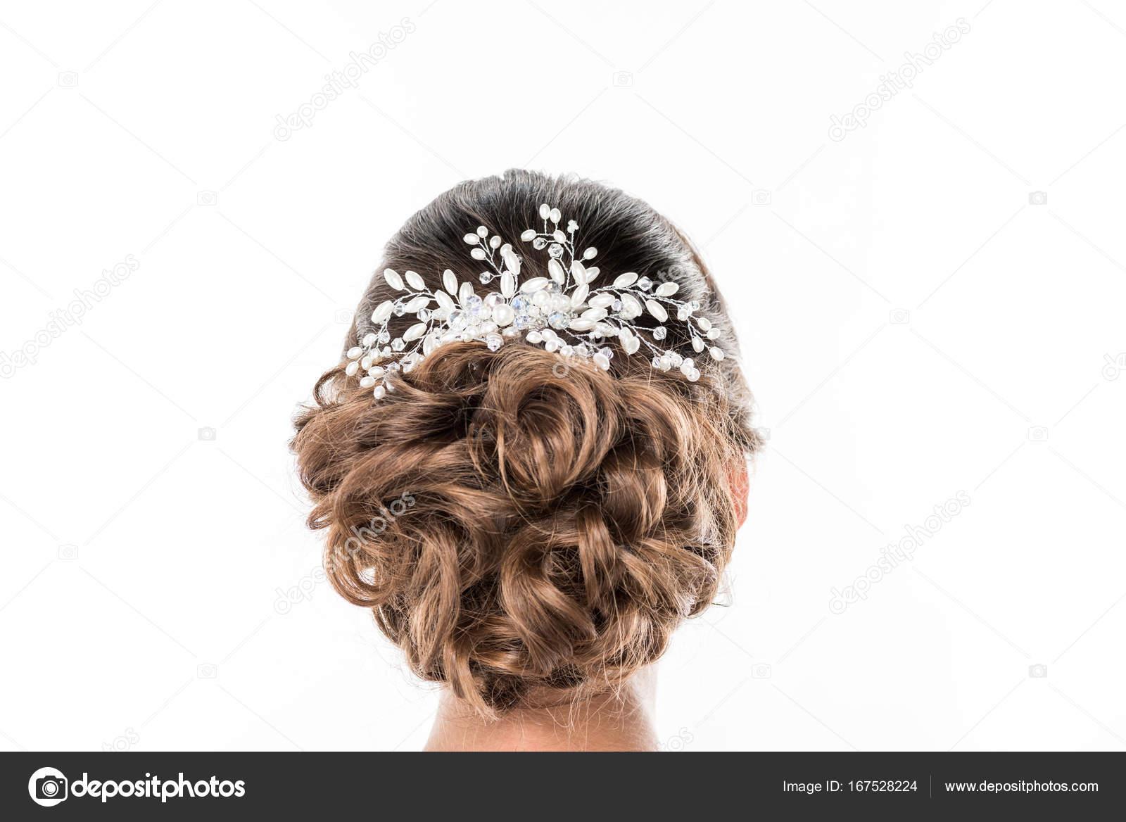 769e2bef643394 зачіска з красивих аксесуарів — Стокове фото — ювелірні ...