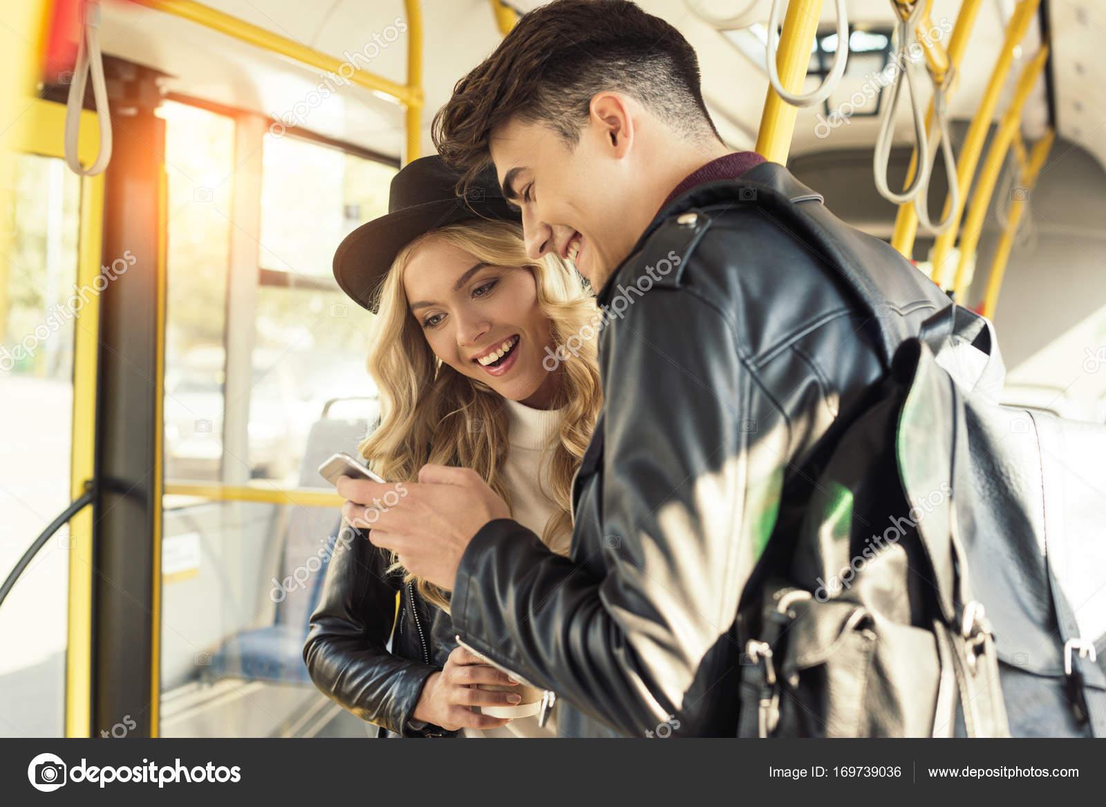 krasotki-laski-v-transporte-russkih-rannih