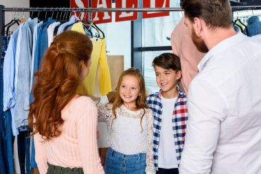 parents and children shopping together