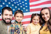 Fényképek család az amerikai zászló