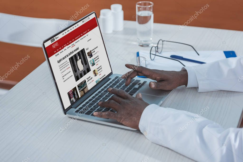 doctor reading news
