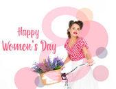 Fotografia cartolina dauguri di felice femminile giorno con attraenti pin up donna sulla bicicletta con cestino di fiori isolati su bianco
