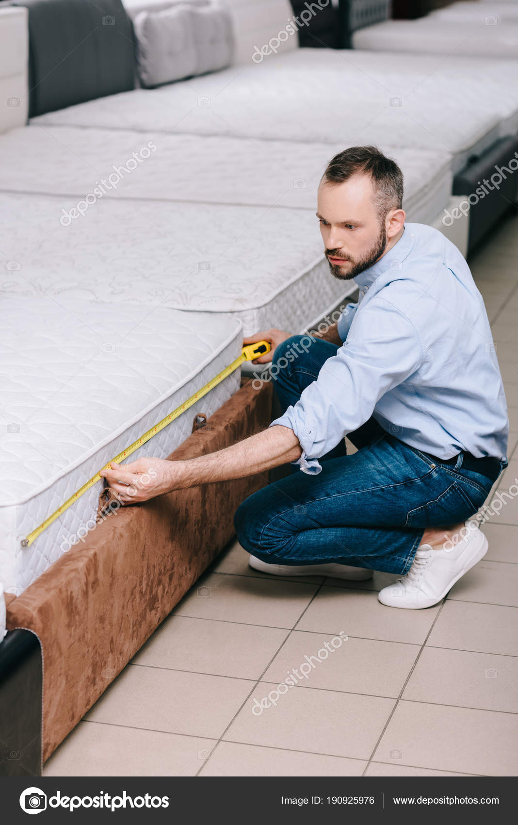 Male Shopper Measuring Orthopedic Mattress Measure Tape Furniture Store U2014  Stock Photo