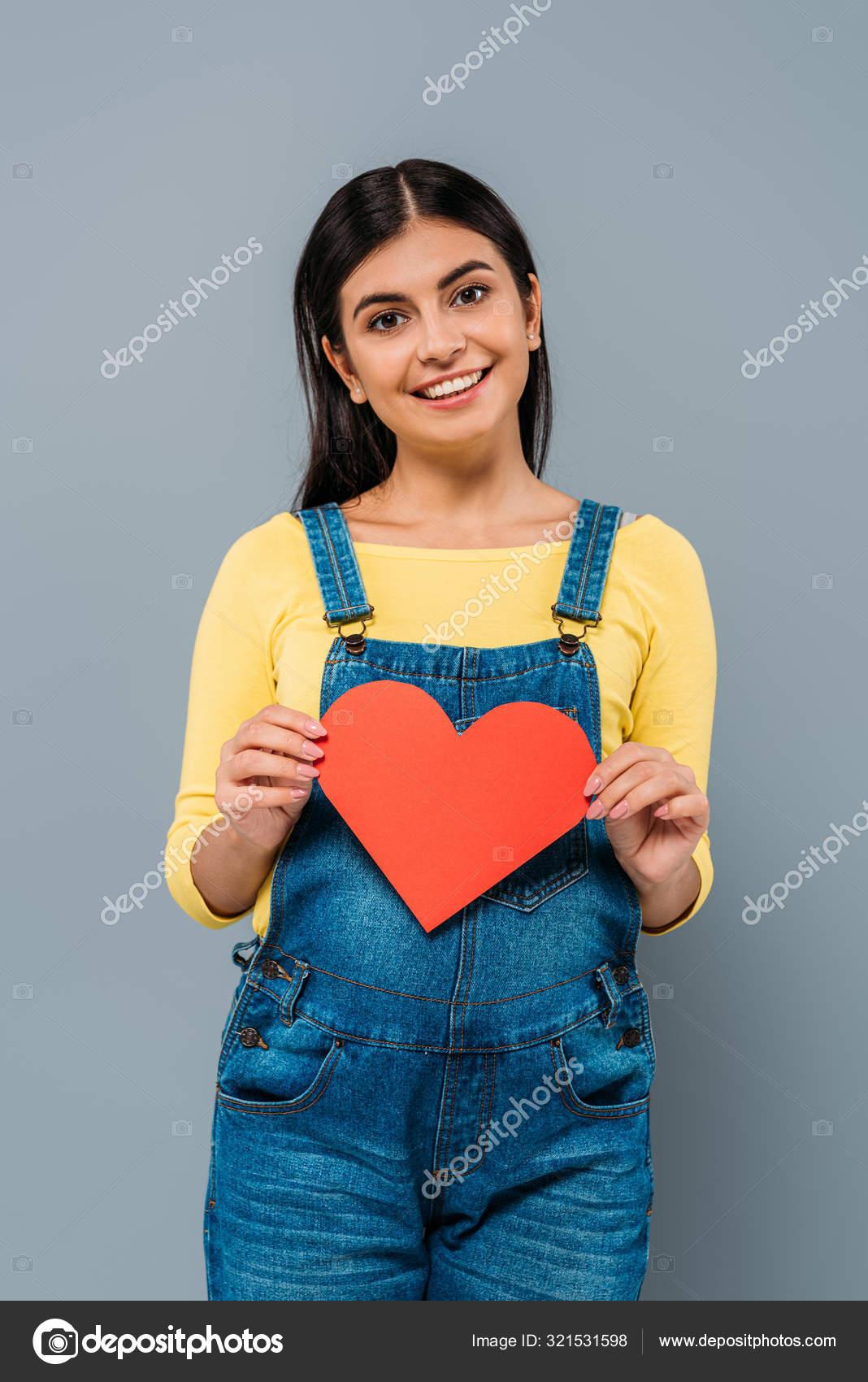 Lächeln Schwangere Hübsche Mädchen Hält Papierherz