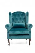 türkisfarbener Sessel mit Kissen isoliert auf weiß