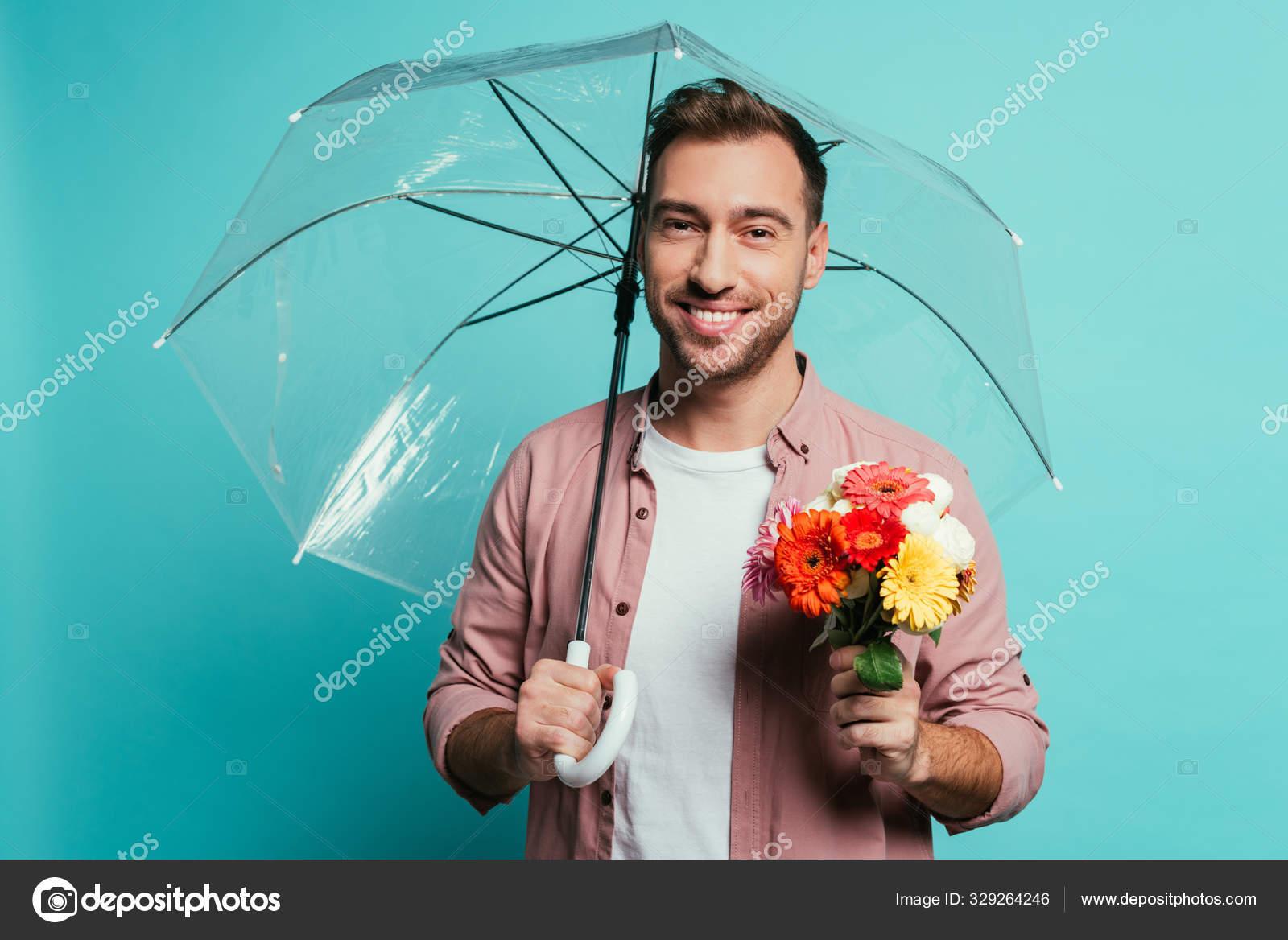 Парень улыбается держи букет за улыбку картинки