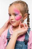 kivágott kilátás művész festészet pillangó arcán imádnivaló gyerek elszigetelt fehér
