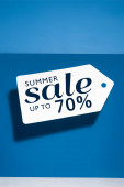 bílá velká cena tag s letní prodej ilustrace na modrém pozadí