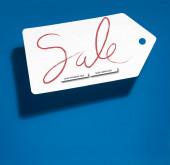 bílá velká cena tag s online nákupy prodej na modrém pozadí