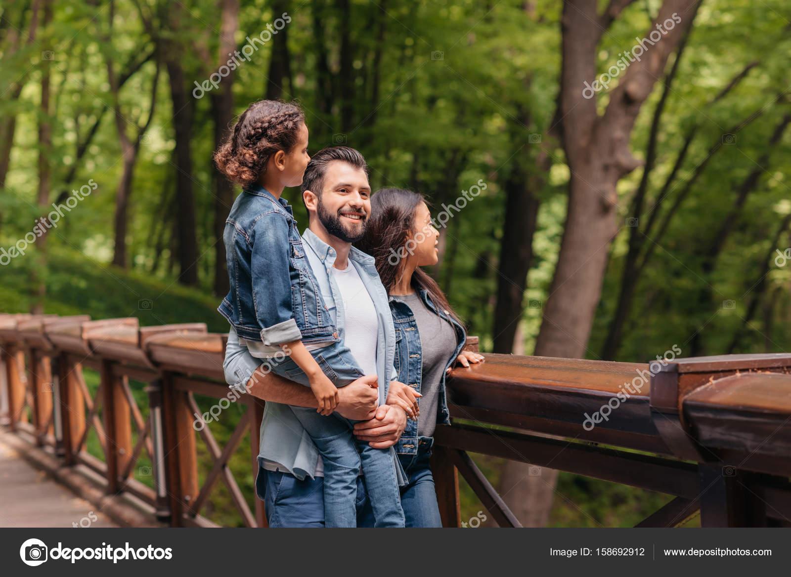 incontri interrazziale famiglia problemi senza legami incontri