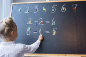 Fotografie child studying numbers