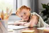 Fotografie kleine rothaarige Mädchen