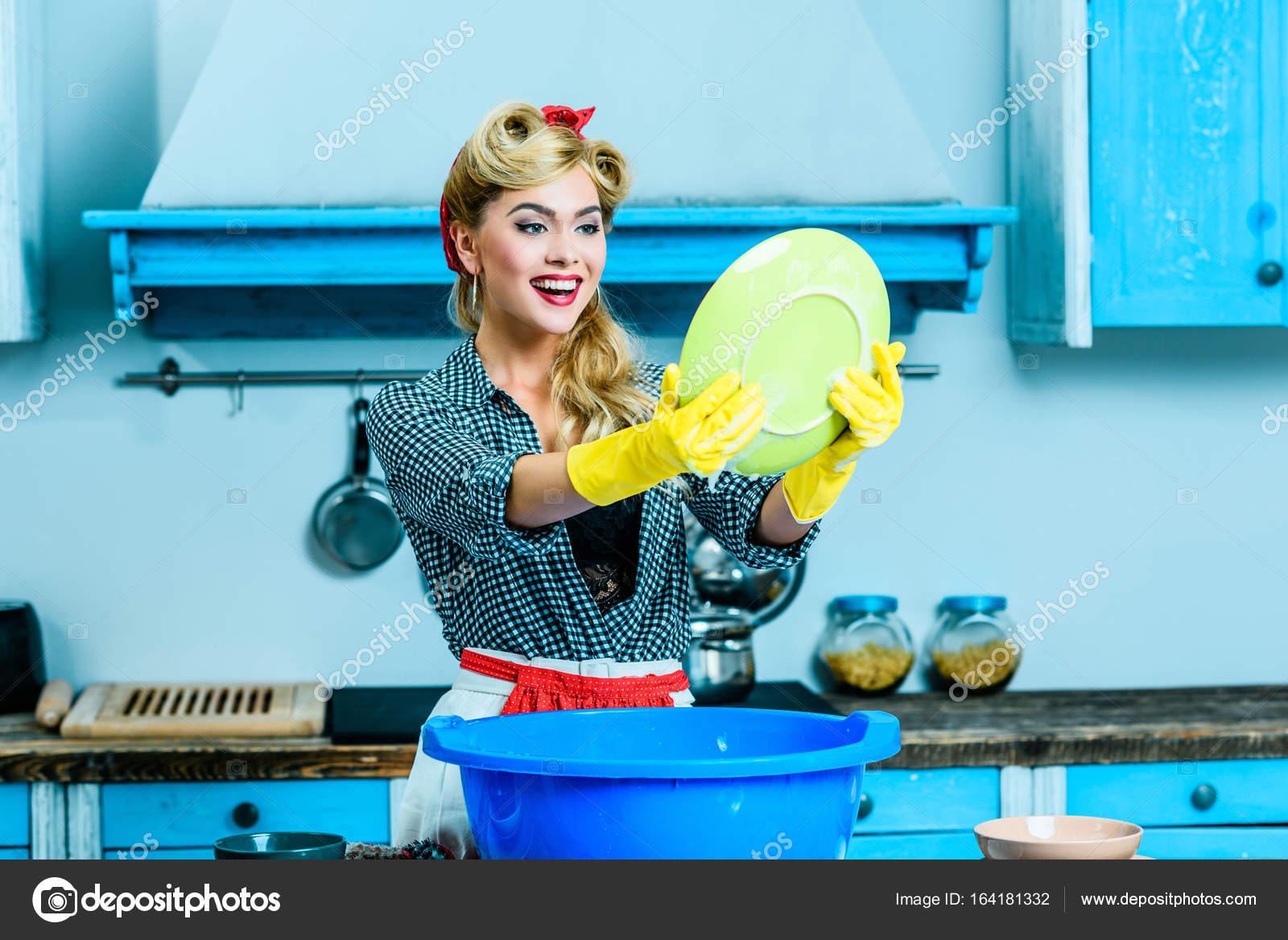 Lavar Los Platos Ama De Casa