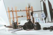 Arbeitsbereich mit Fotokamera