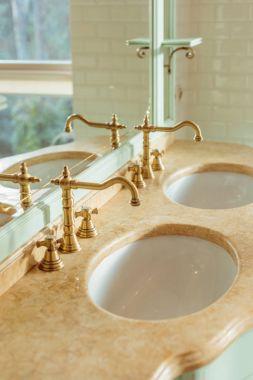 """Картина, постер, плакат, фотообои """"роскошные раковины в ванной комнате зеркало раме зеркала настенное круглые большие"""", артикул 170805754"""