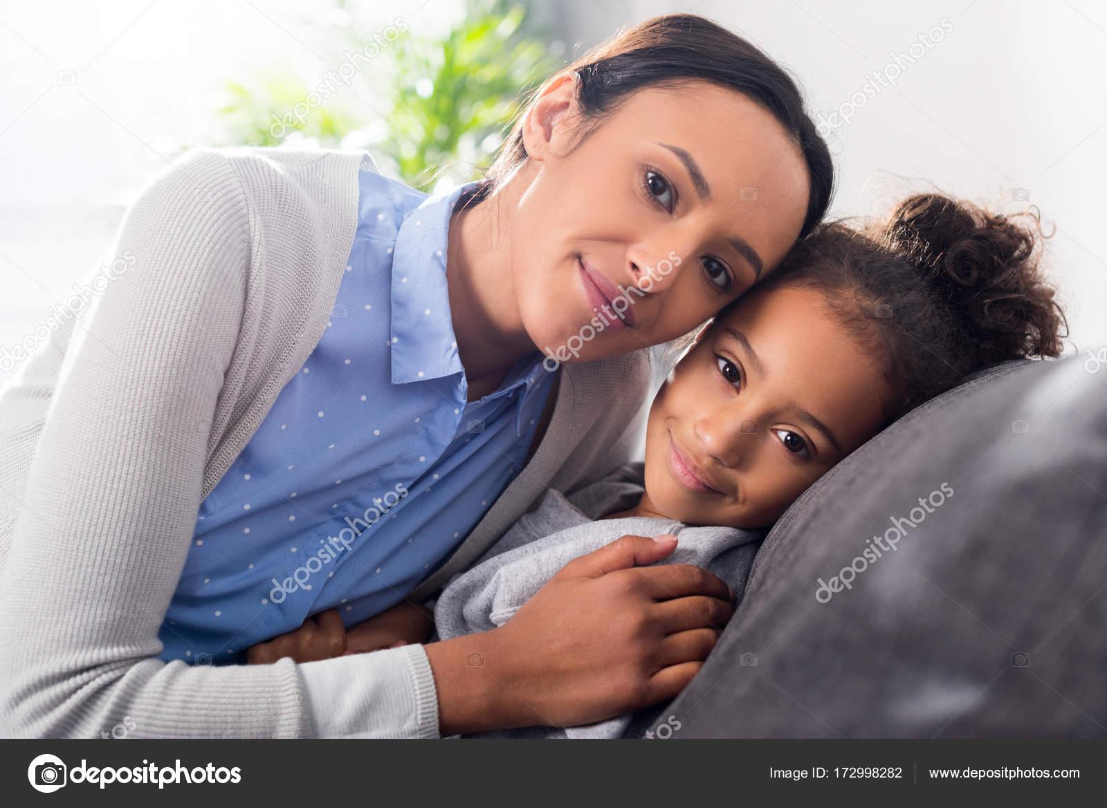 moeders tegen dochters dating