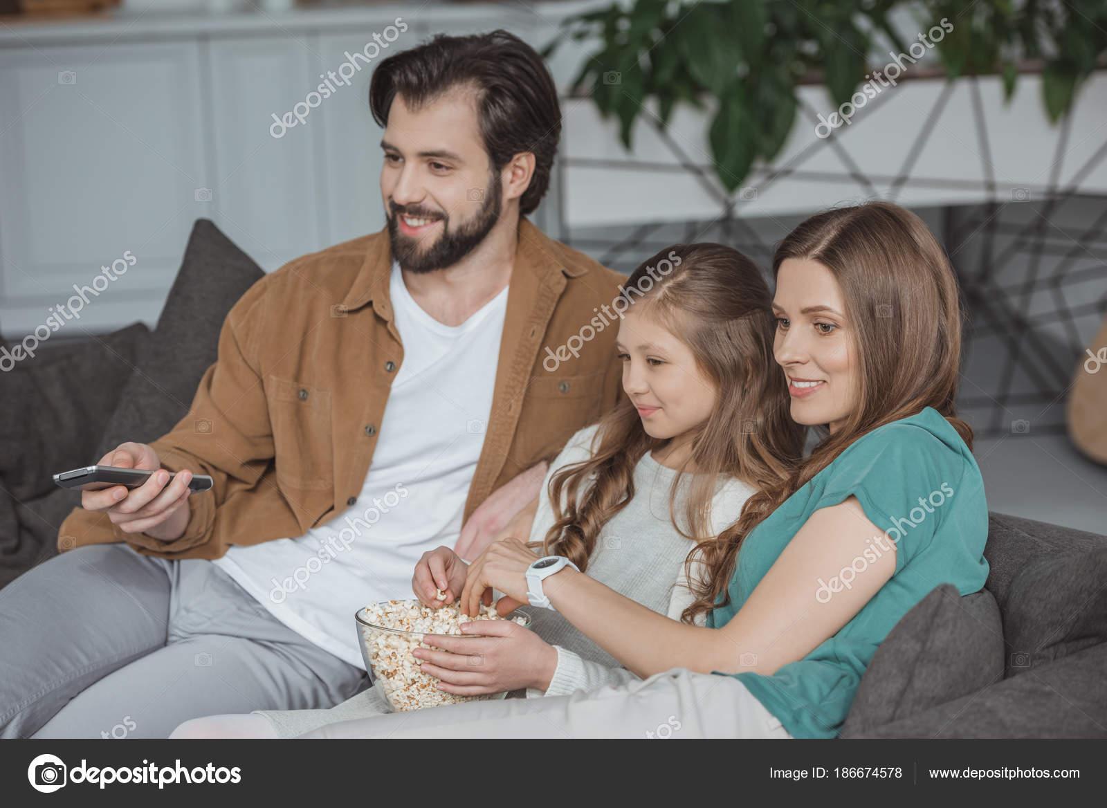 Смотреть парень дочери