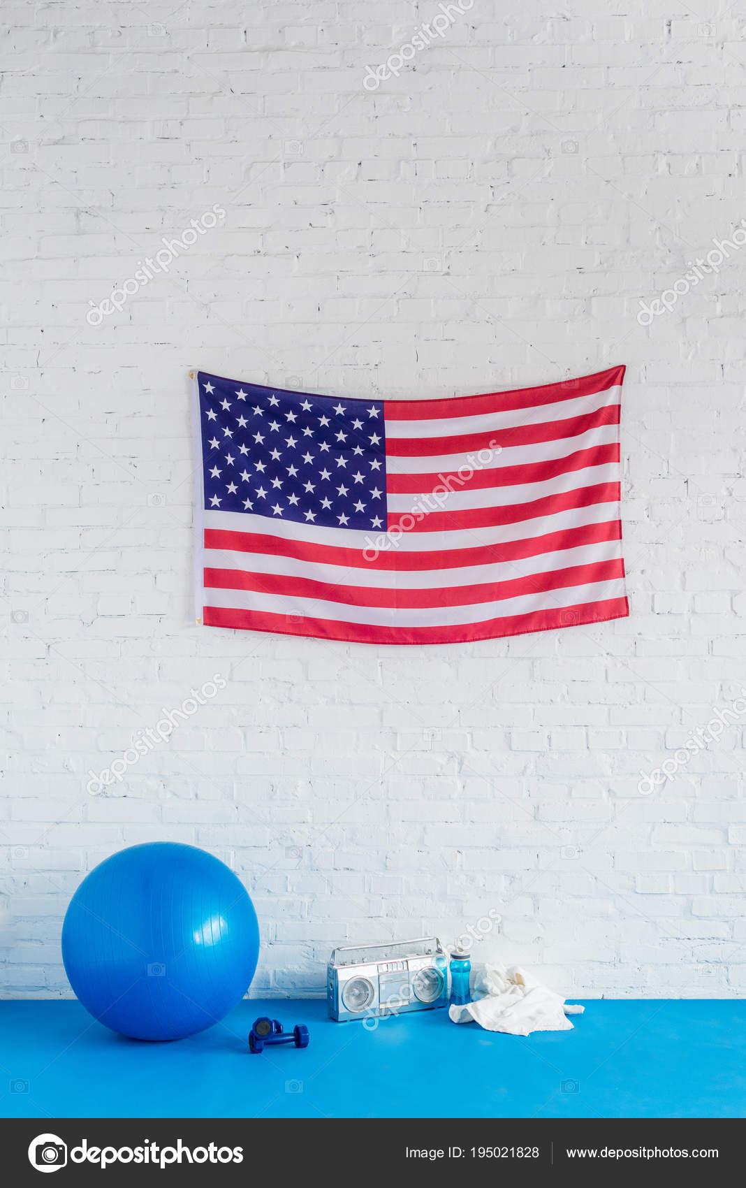 695a98fb958 American Flag Tape Recorder Sport Equipment Brick Wall — Stock Photo ...