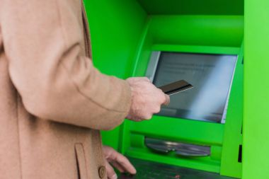 entering pin code in atm