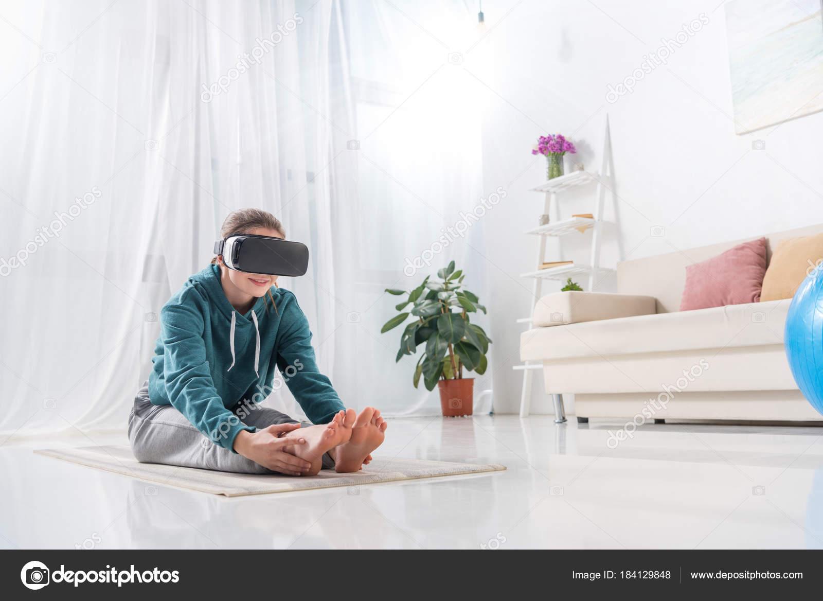 Girl Stretching Virtual Reality Headset Yoga Mat Home — Stock Photo ...