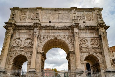 ROME, ITALY - APRIL 10, 2020: low angle view of historical arch of titus in rome stock vector