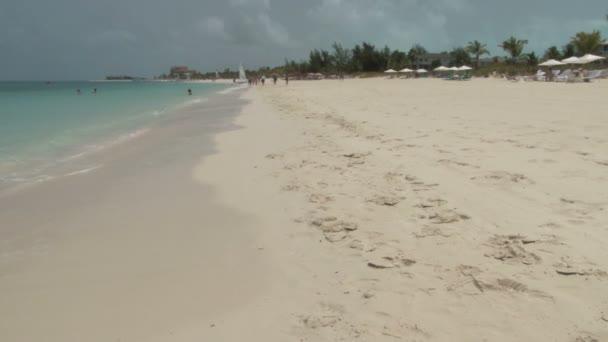 scena della spiaggia su turks e Caicos