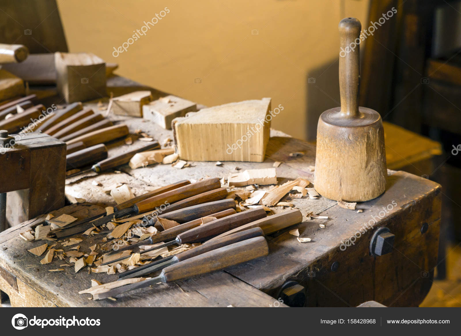 Atelier De Sculpteur Avec Outils De Travail Photographie Arakias